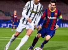 dalam permainan sepak bola apabila bola melewati garis tepi lapangan disebut